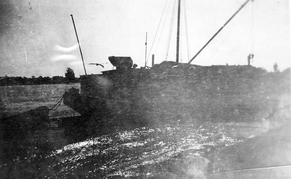 Eerste materialen worden per schip aangeleverd